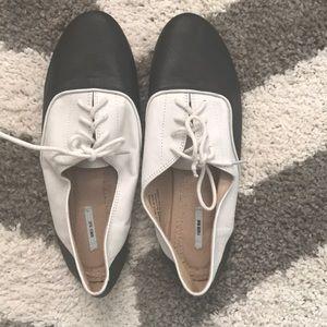 Kimchi Blue saddle shoes